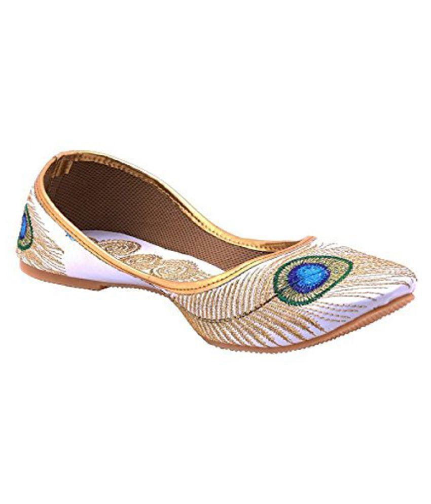 Secret Closet White Flat Ethnic Footwear