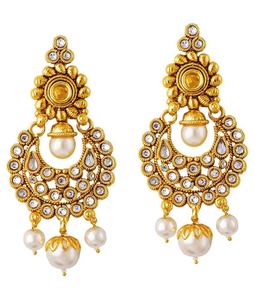 Taskpin Golden Hanging Earrings