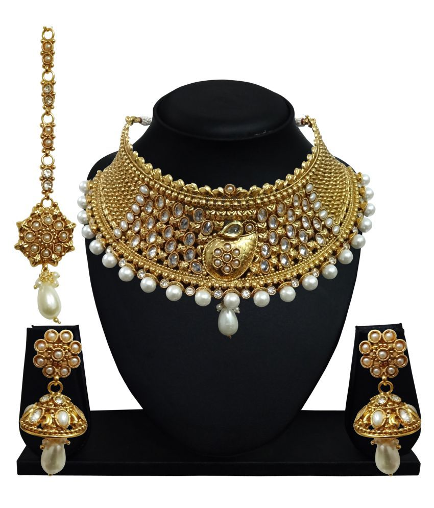 Arts Chetan Golden Necklaces Set with Maang Tika