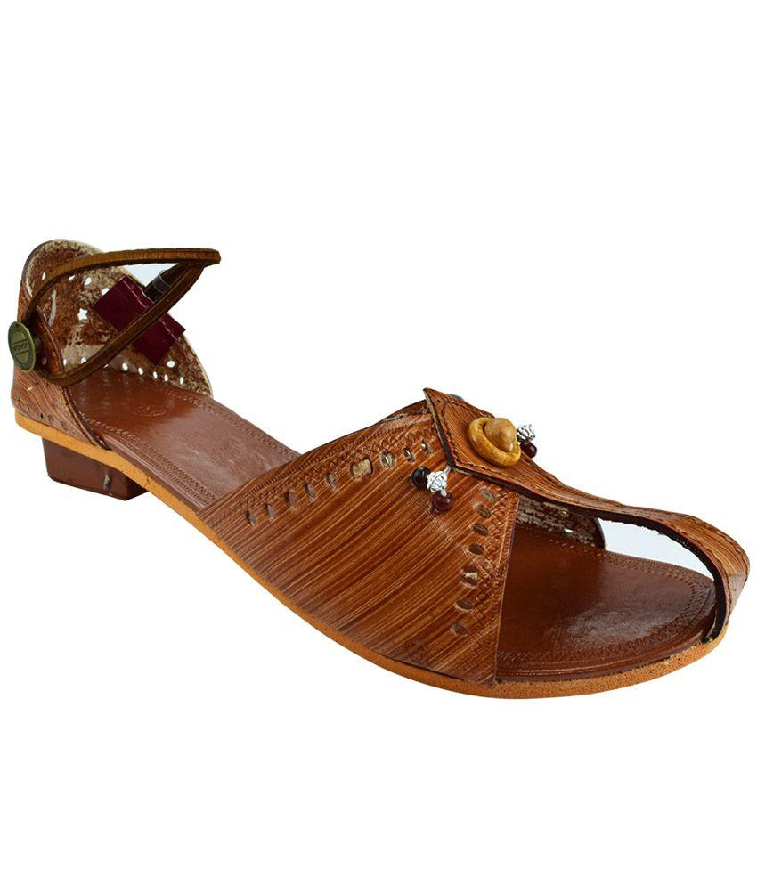 Paavdi Brown Heeled Sandals