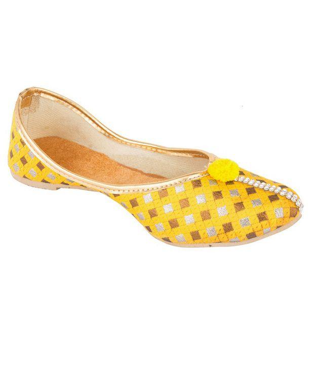 D'Panache Yellow Juttis