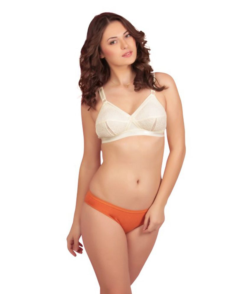 148c66662753e Buy Sona Full Coverage Plus Size Bra Online at Best Prices in India -  Snapdeal