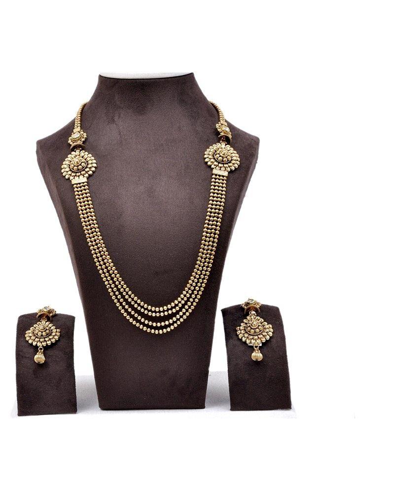 Aarna Jewels Golden Necklace Set