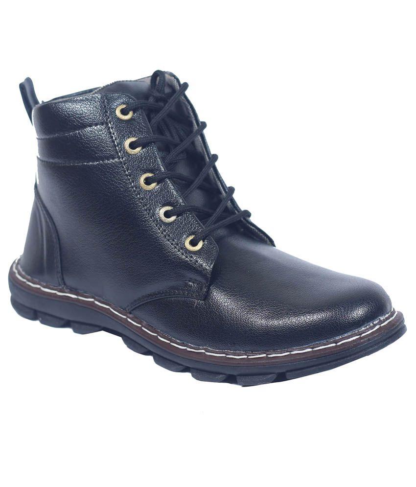 Boysons Black Ankle Length Shoes