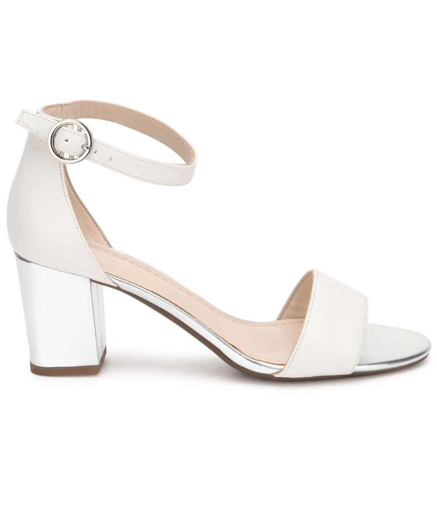 55d4bff5343 Clarks White Heeled Sandals Price in India- Buy Clarks White Heeled ...