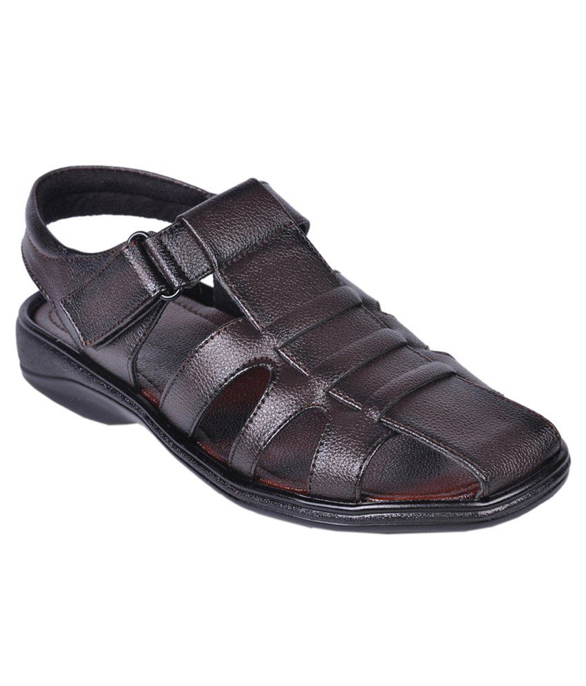 Leeport Brown Sandals