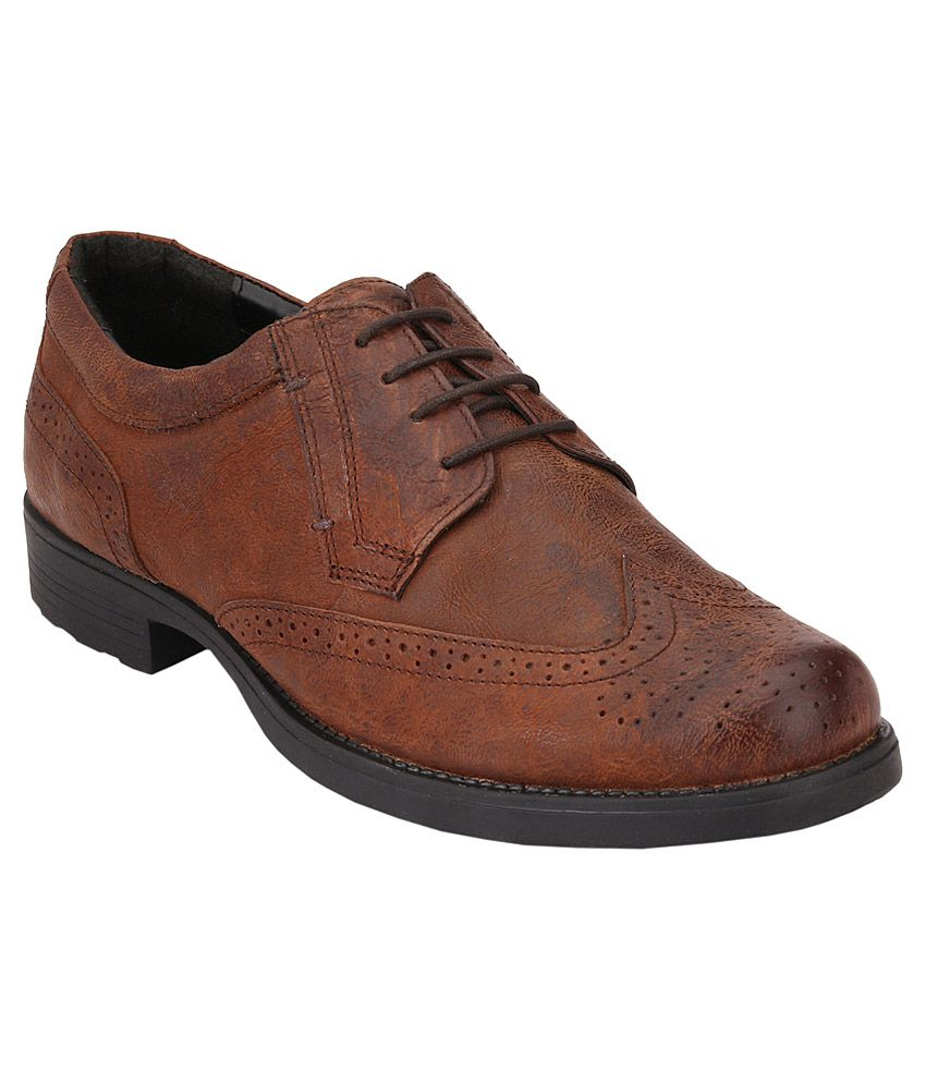 Grenson - British designer shoe collections for men & women including brogues, boots, sneakers & moccasins. handmaking shoes in Northamptonshire England since