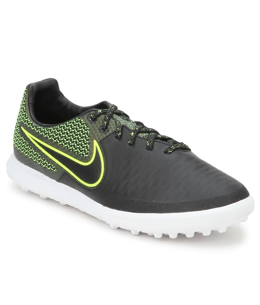 combate tobillo Estar confundido  Nike Magistax Finale Tf Black Sport Shoes - Buy Nike Magistax Finale Tf  Black Sport Shoes Online at Best Prices in India on Snapdeal
