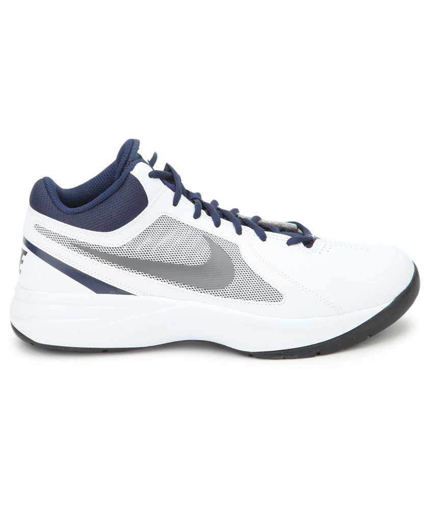 0d538bc81686b2 Nike The Overplay Viii White Sport Shoes - Buy Nike The Overplay ...