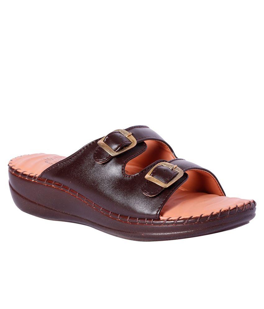 Pantof Brown Sandals