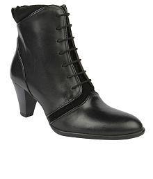 La Briza Black Boots
