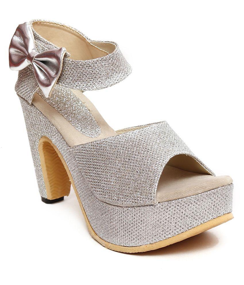 Jenis Silver Heeled Heels
