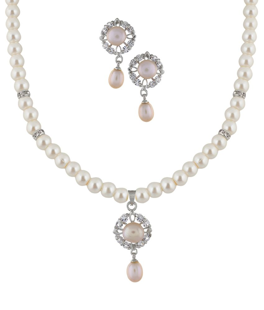 Classique Designer Jewellery White Pearl Necklace Set