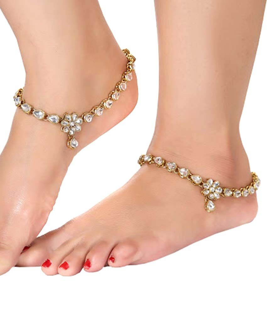 Sewad White Alloy Pair Of Anklets