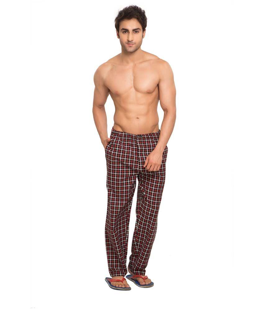 Clifton Fitness Men's Woven Pyjama -Black & Red Checks