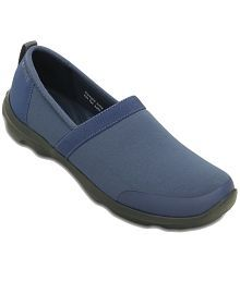 Crocs Casual Shoes Standard Fit