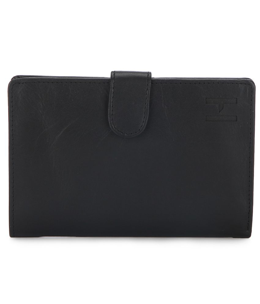 f1637c50eeb Hidesign 254 PH Black Leather Leather Passport Travel Wallet  Buy Online at  Low Price in India - Snapdeal