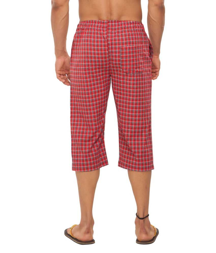Clifton Fitness Men's Woven Capri- Red/Black Checks