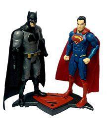 Montez Multicolour Batman V/S Superman (Doj) With Light And Music