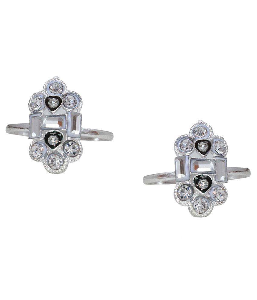 Bhavika Silver & Black German Silver Toe Rings