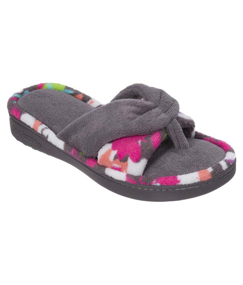 Dearfoams Gray Slippers & Flip Flops