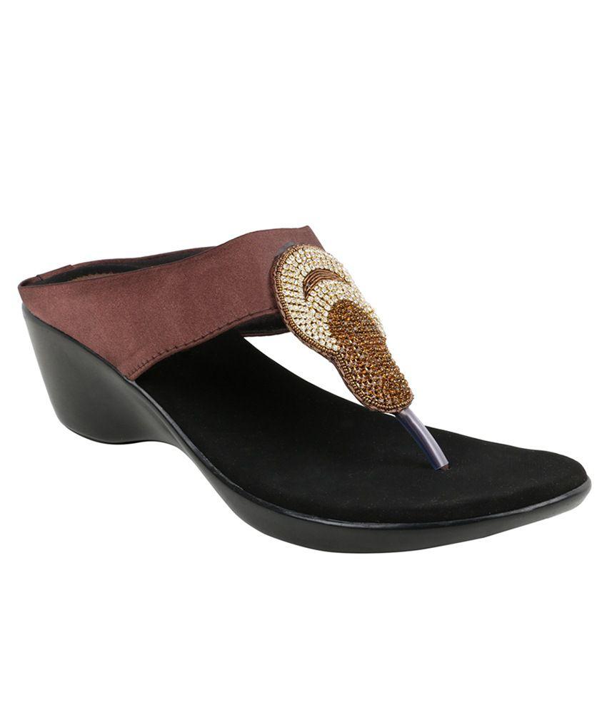Nutan Stores Brown Heels