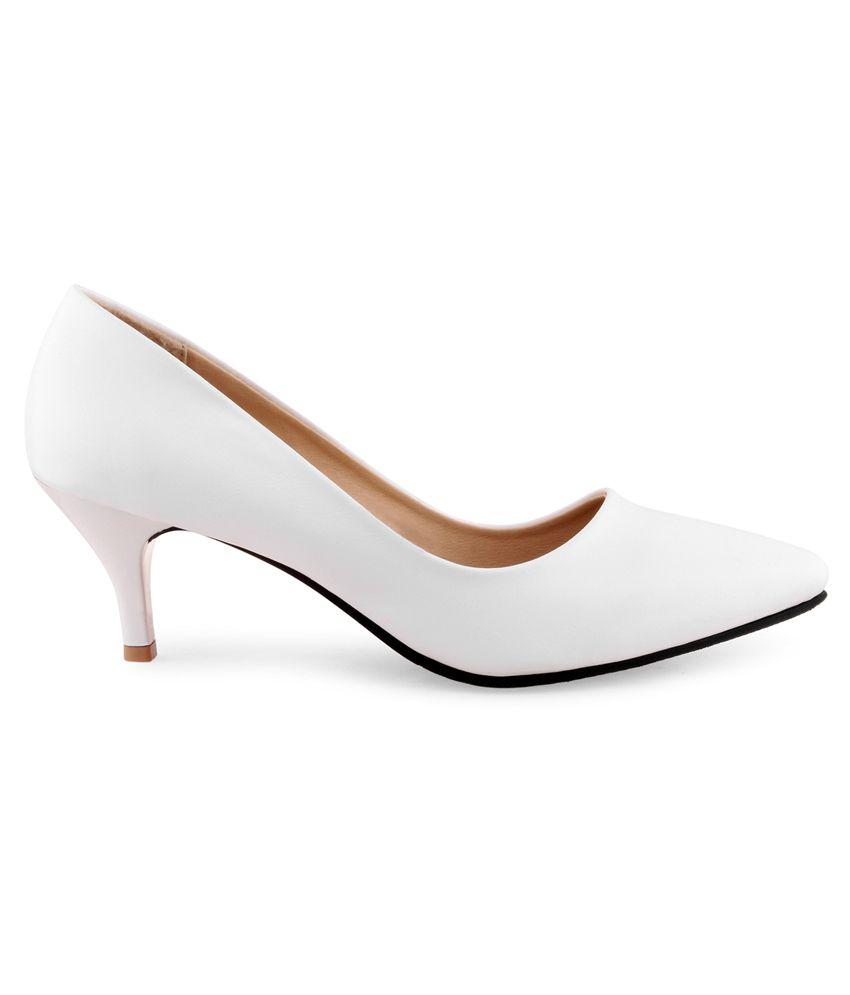 e7aad0eba2e0 Shuz Touch White Kitten Heels Price in India- Buy Shuz Touch White ...