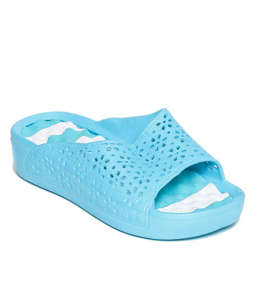TEN Blue Flip Flops