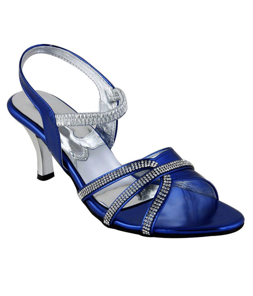 Tipcat Blue Heels