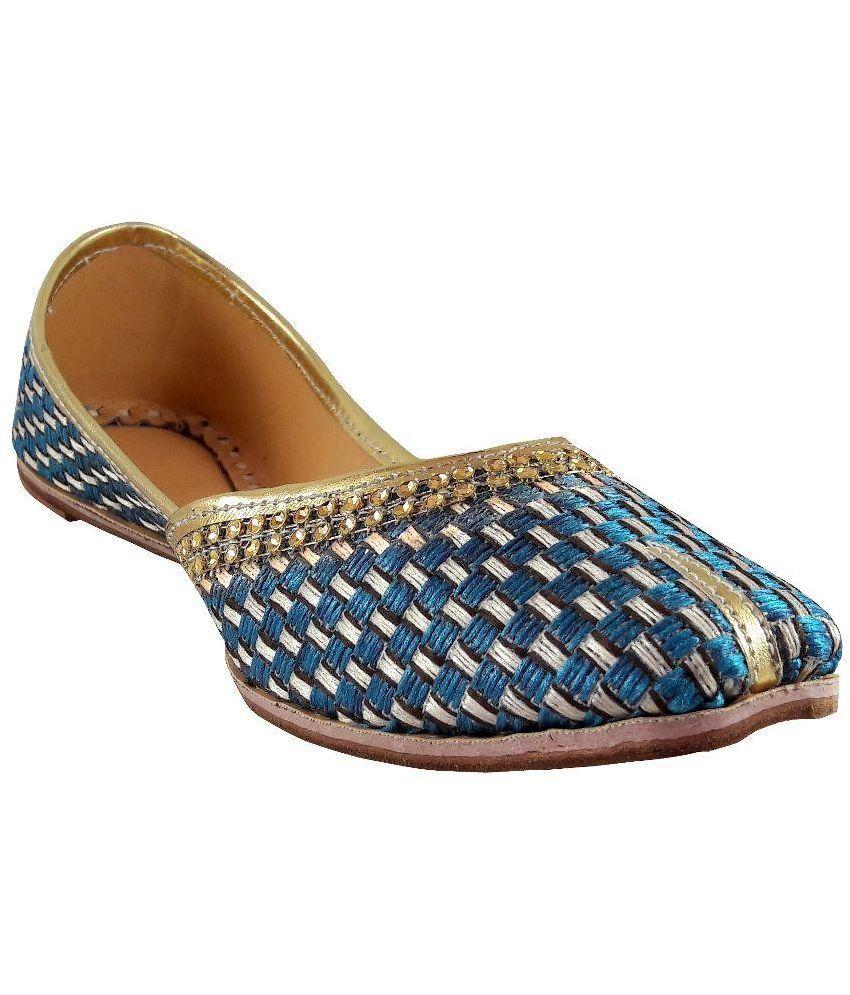 Sagi Multi Ethnic Footwear