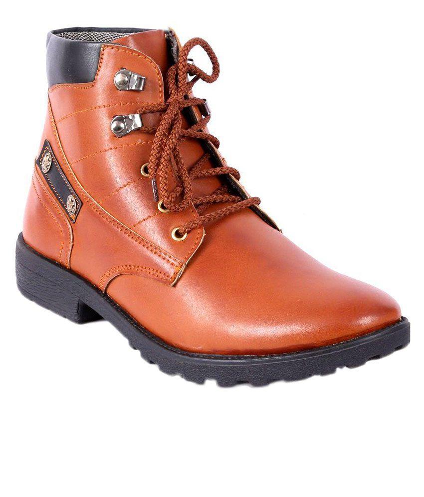 I-Trade Tan Boots