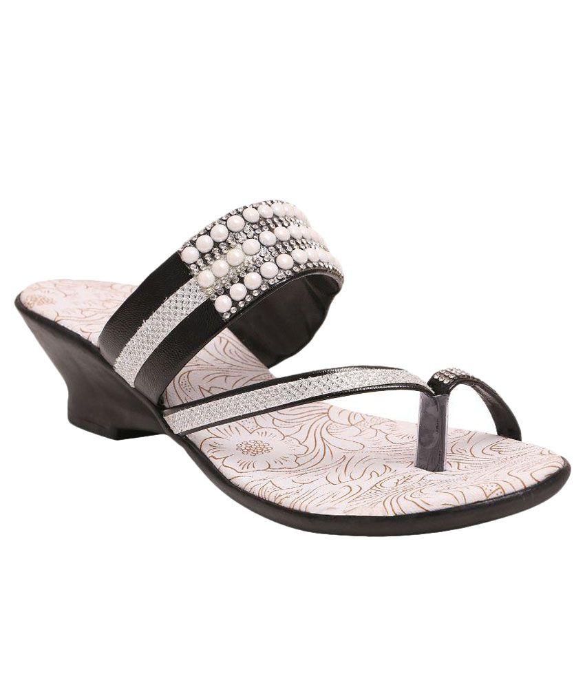 Family Footwear Black Heels