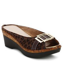 c66cec69d Catwalk Heeled Slip-on   Pump for Women  Buy Catwalk Women s Heeled ...