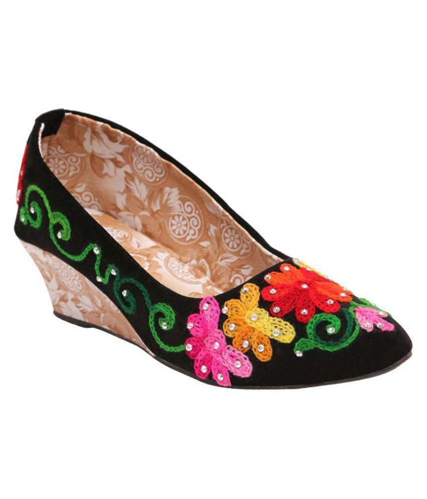 Family Footwear Multi Color Heels