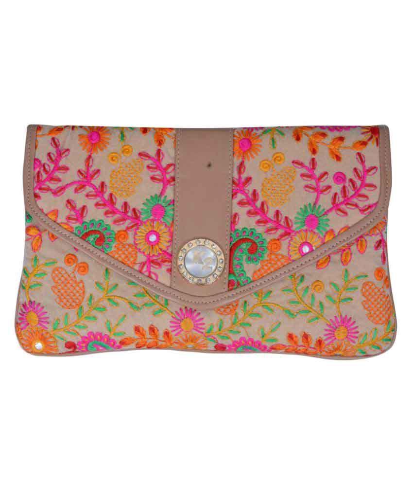 Craft Trade Beige Fabric Wristlet