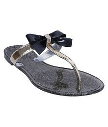 d32958be9074 Women s Sandals Upto 70% OFF  Buy Women s Sandals   Flat Slip-on ...