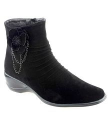 Shuz Touch Black Ankle Length Cowboy Boots