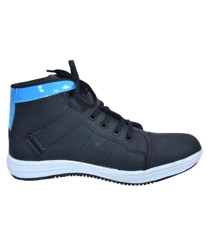 Skybold Black Chukka boot