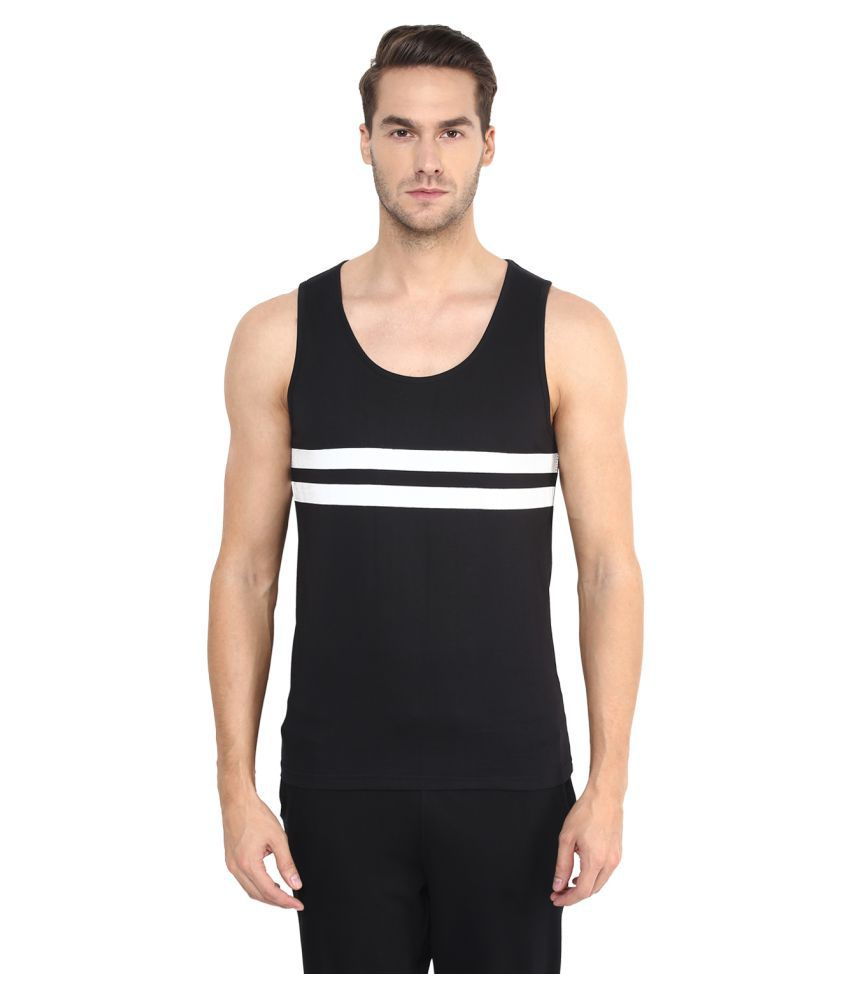 Benoit Black Round T-Shirt