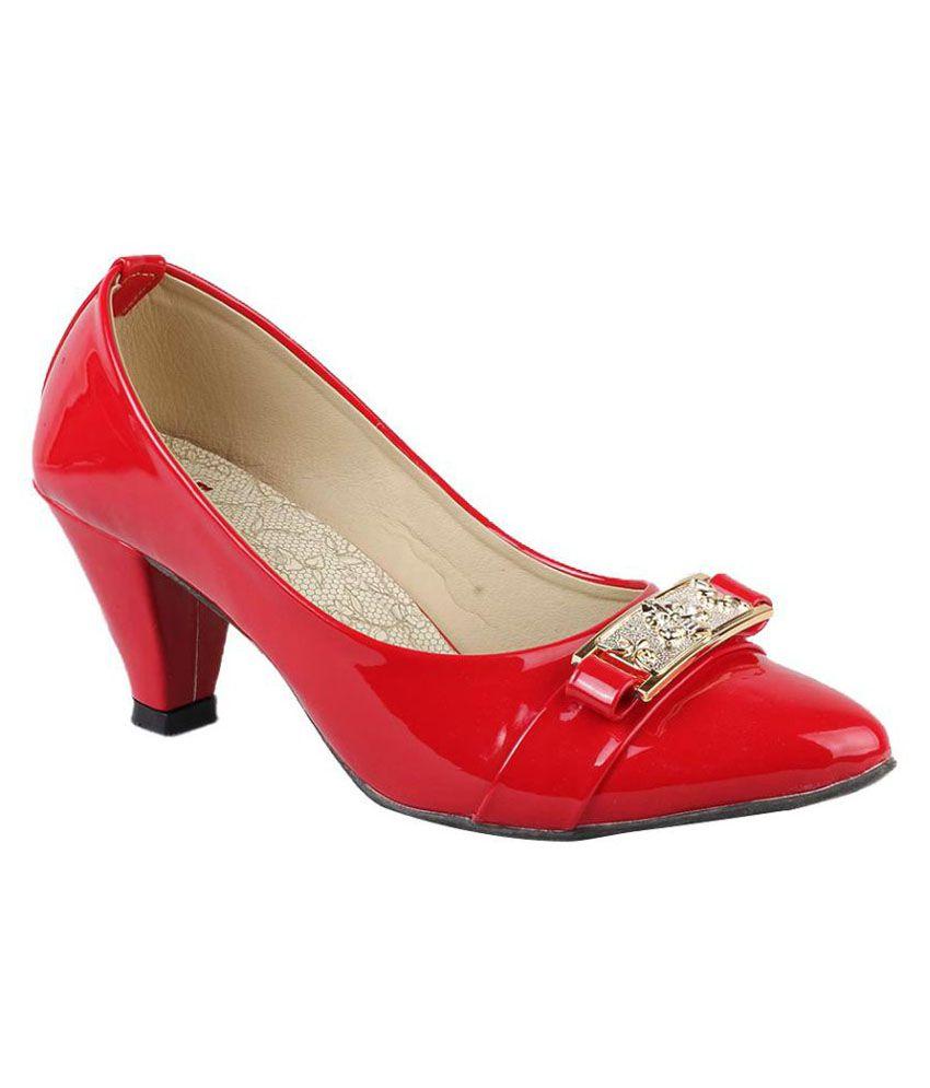 Smart Red Kitten Heels