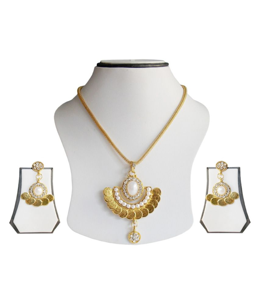 Renaissance Traders Golden Necklace Set