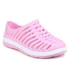 Do Bhai Pink Clogs