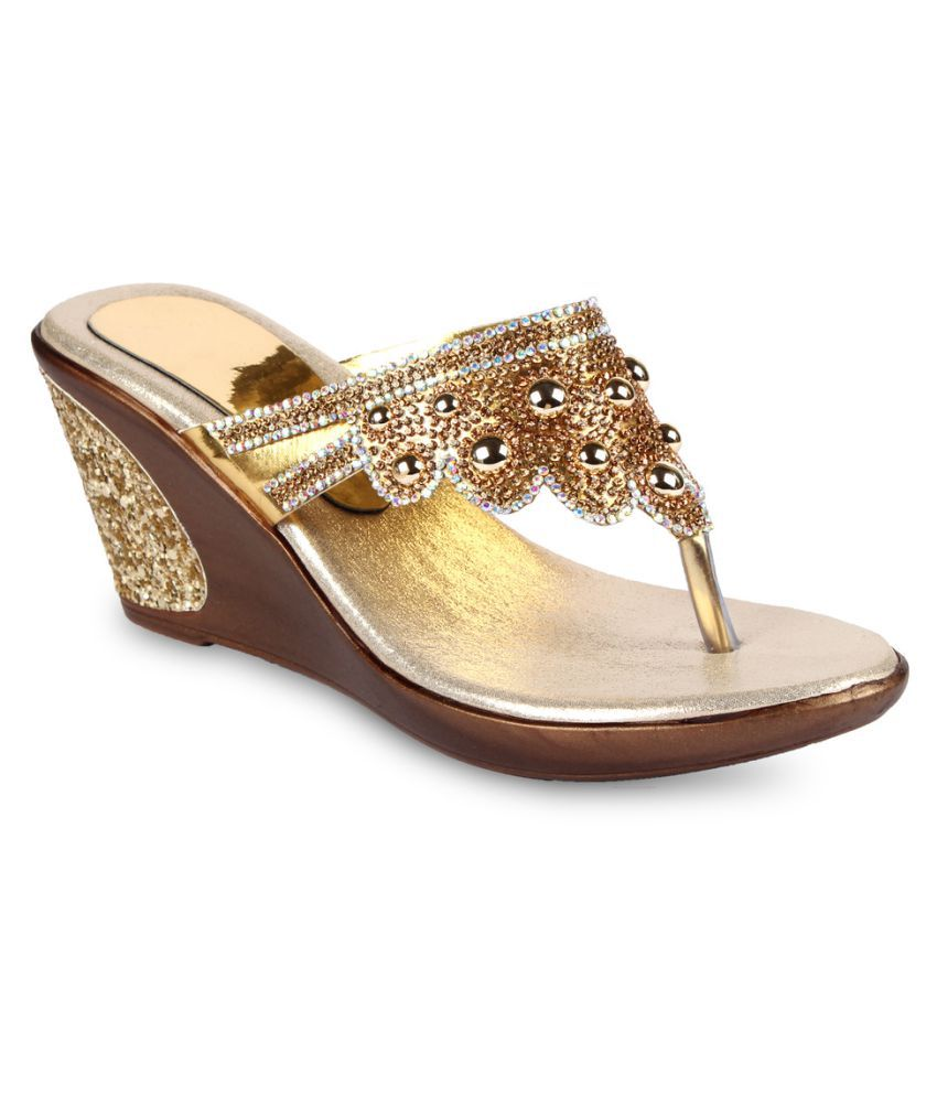 ANAND ARCHIES Gold Wedge Heels