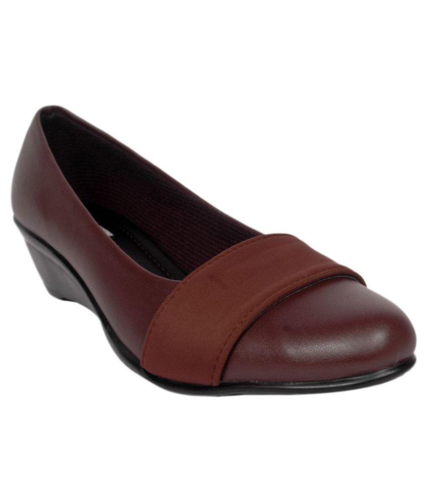 Studio 9 Brown Formal Shoes