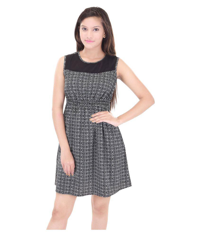 Saarvi Fashion Black Crepe Dresses