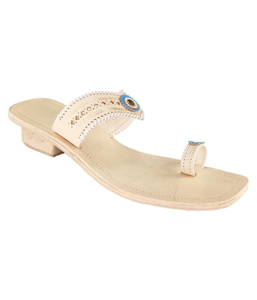 Ekolhapuri Beige Block Ethnic Footwear