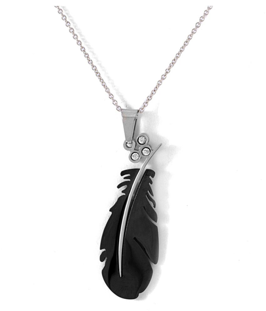 Voylla Black Pendant with Chain
