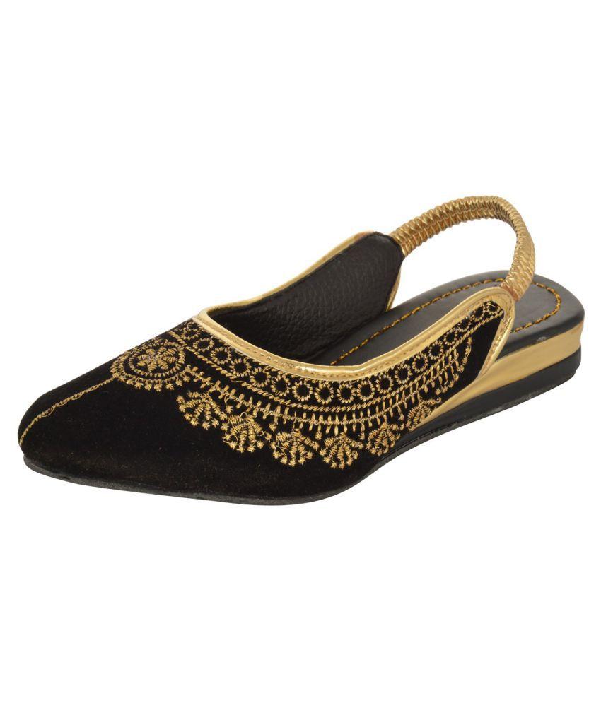 Rajasthani Prints Black Flat Ethnic Footwear