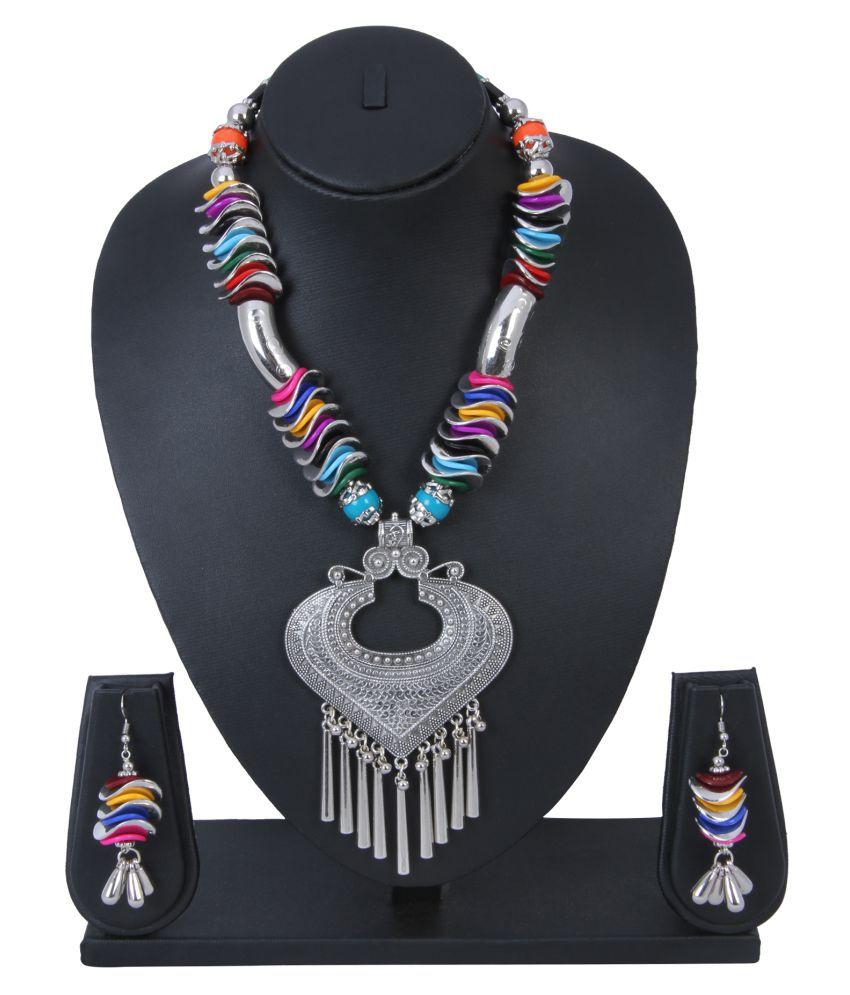 Ishin Alloy Silver Necklace Set