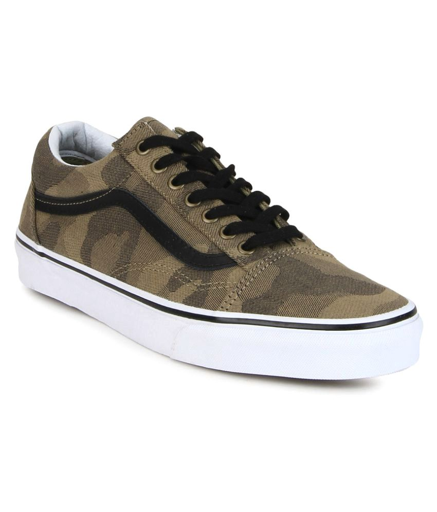 f60e6a3d74 Vans Old Skool Sneakers Green Casual Shoes - Buy Vans Old Skool Sneakers  Green Casual Shoes Online at Best Prices in India on Snapdeal